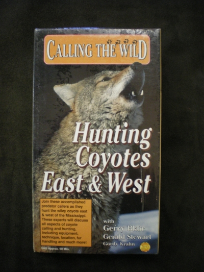Hunting Coyotes East & West #525